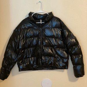 Fabletics woman puffer jacket